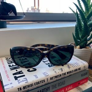 d6be621e429 Ray-Ban Accessories - Ray Ban Jackie Ohh RB4101 Tortoise Sunglasses